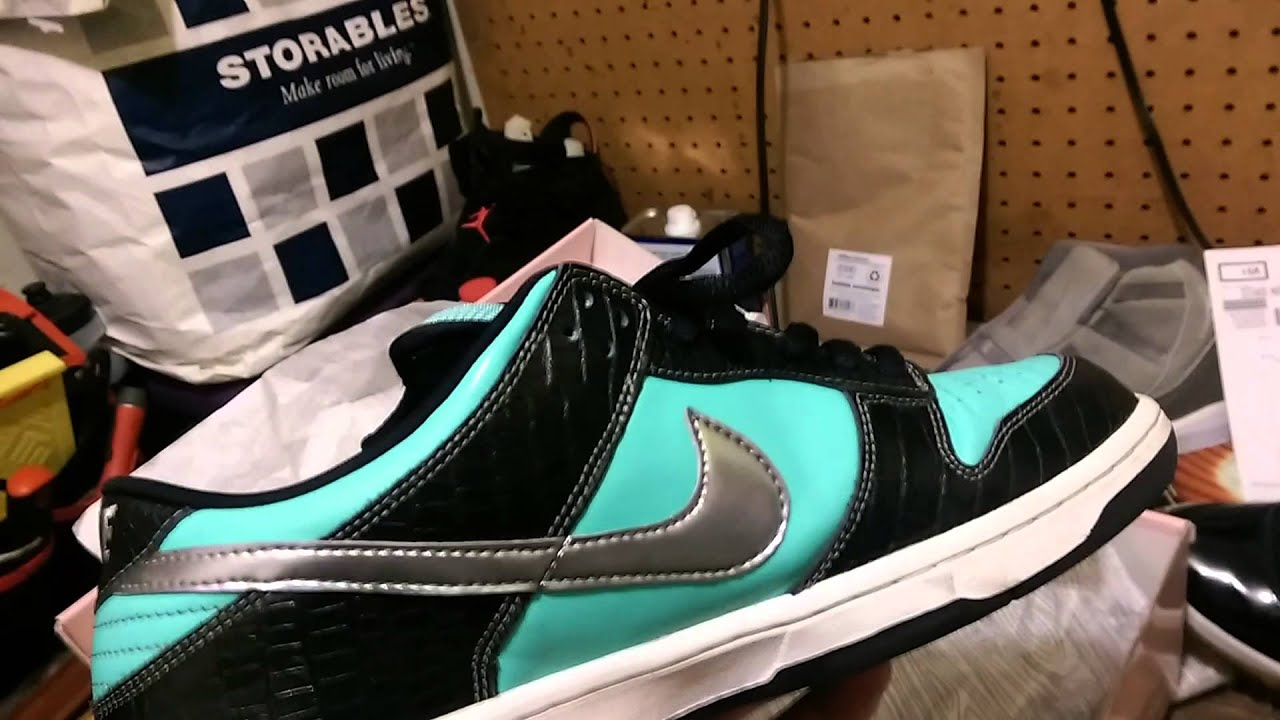 be8a7d87e61beb Nike SB Dunk Low Diamond Co. Tiffs circa 2005 - YouTube