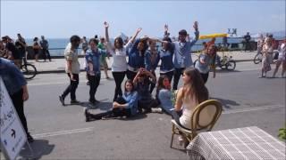 Flash mob proposta di matrimonio napoli