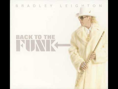 Bradley Leighton - Love Light In Flight