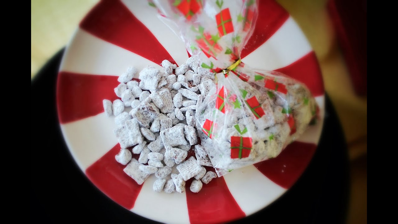 So The Next Time You Re Looking For A Quick Recipe That S Definite Crowd Pleaser Whip Up Batch Of This No Bake White Trash Mix