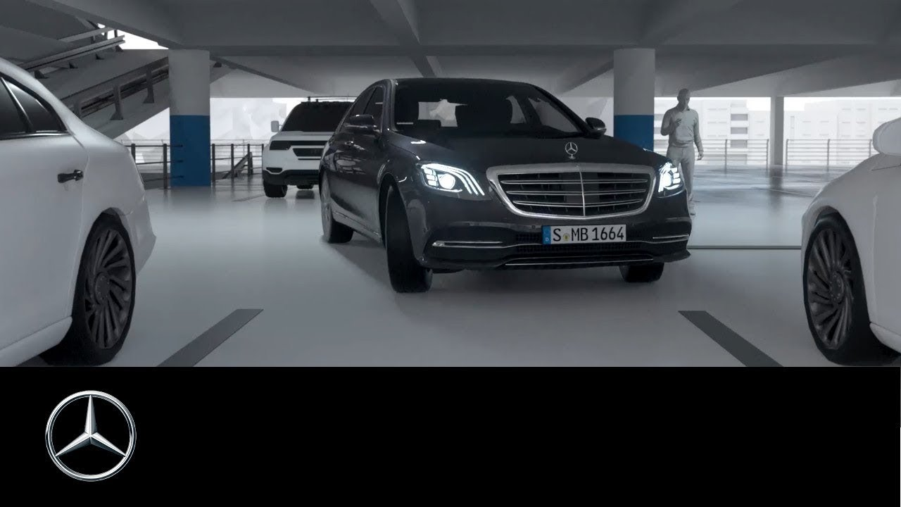 mercedes benz s class 2017 remote parking assist getting into narrow parking spaces youtube. Black Bedroom Furniture Sets. Home Design Ideas