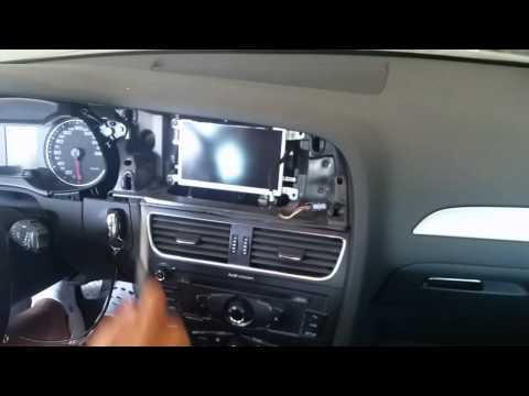 video guida smontaggio display audi a4 b8 8k.avi