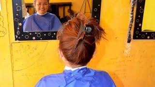 Repeat youtube video Woman barber got haircut