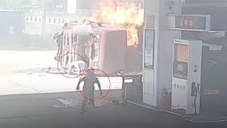 """""""بالفيديو"""" شاهد حادث عنيف بين شاحنتين في محطة وقود"""