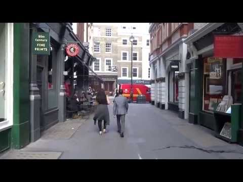 A walk through Cecil Court (Diagon Alley) + an interview with Jeremy from Watkins Books in London.