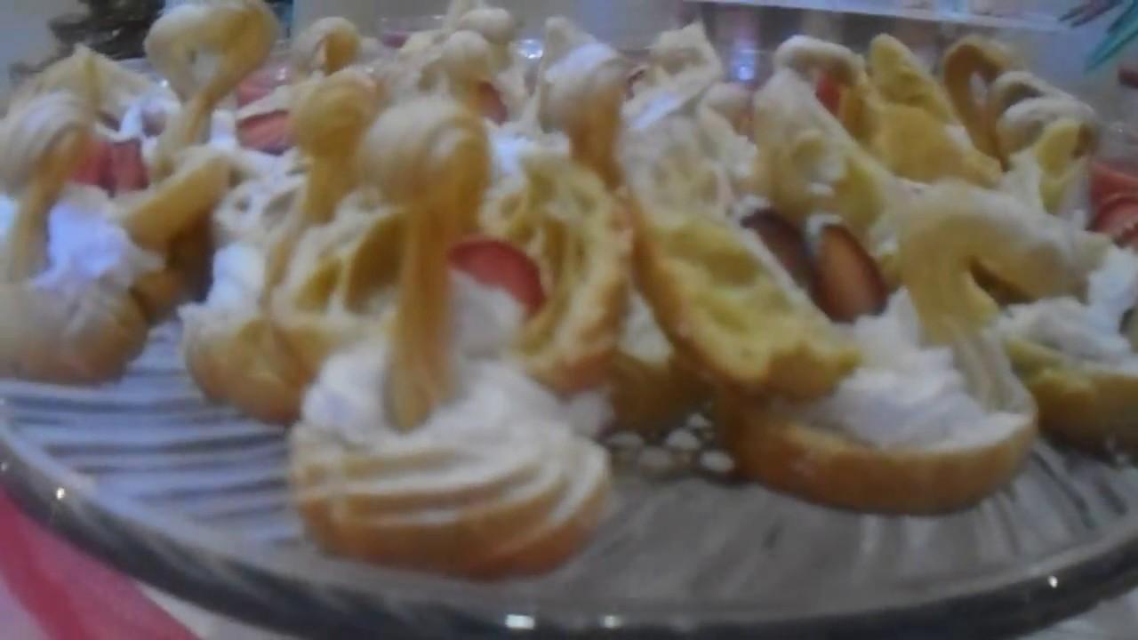 Mesa de dulces y postres xv a os youtube for Mesa de postres para xv