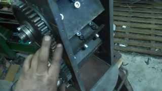 Repeat youtube video Подрібнювач гілок від ДМ