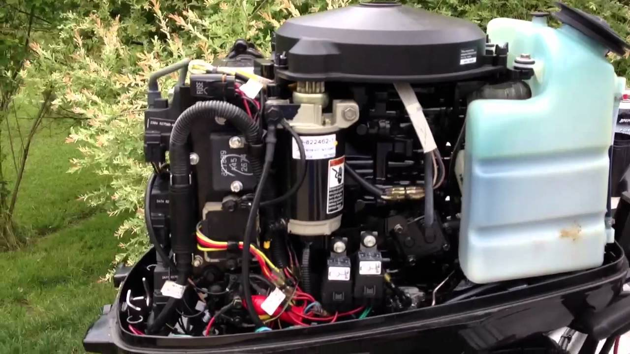 2005 50 hp mercury idle  YouTube