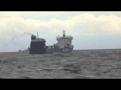 Sea Cargo Express leaving Aberdeen Harbour in heavy swell