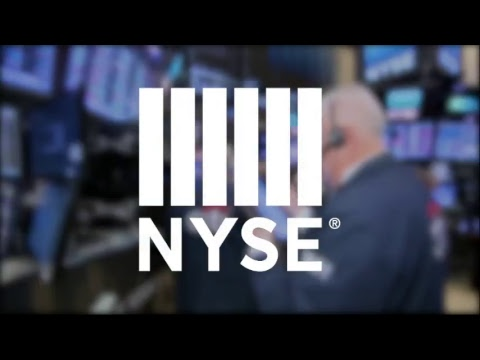 John Chen, CEO of BlackBerry Limited celebrate their transfer to the NYSE