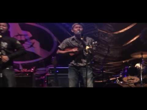 ORKES KETOMBE - cover PEMUDA IDAMAN ( gagal fokus di panggung live )