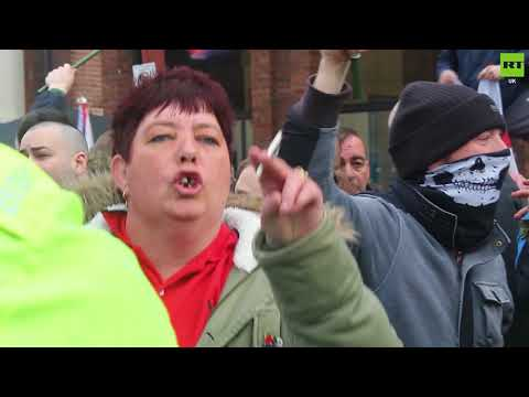 "EDL protesters kick off in Walsall over ""terrorists"""