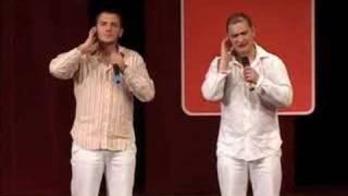 Comedy Club - Чебоксары 2005(Comedy Club - специальный корреспондент Comedy club Роман на автомобильной выставке в Женеве., 2007-06-10T00:12:15.000Z)