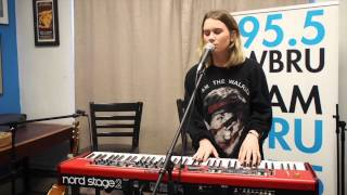 "BROODS - ""Four Walls"" - Live at 95.5 WBRU"