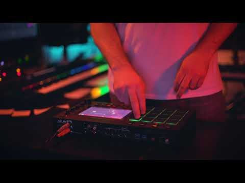 Sampling songs from 'Dark' on the MPC Live