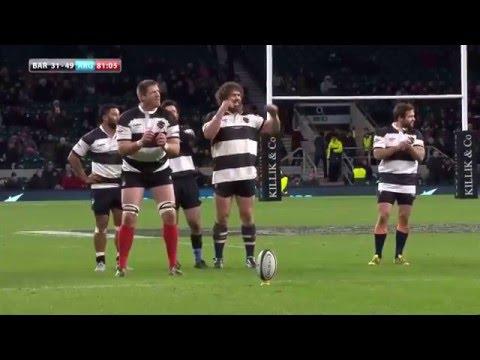 Bakkies Botha does the Biggarena and hits the post!