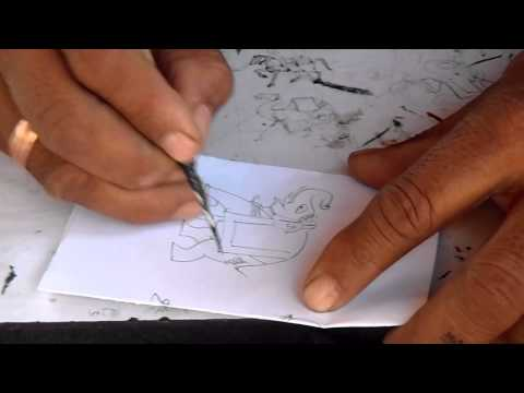Indiase kunstenaar schildert olifant