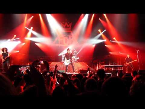 Fall Out Boy - Beat It (Micheal Jackson cover), live @ Heineken Music Hall, Amsterdam 08-03-2014
