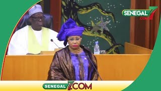 La députée Mame Diarra Fam fait encore le buzz « Sama Yone Dou Ci Nek Batay »