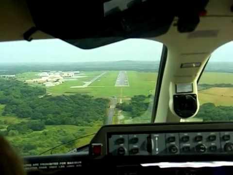 Piaggio P-180 Avanti II Final Approach and Landing