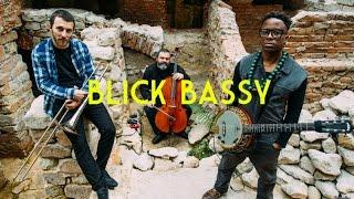 "Blick Bassy - Acoustic Session - ""Lon"" & ""Kiki"" - Bruxelles Ma Belle"