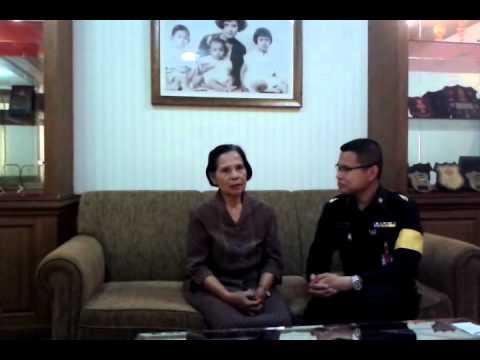 พันตรีสุธี สุขสากล อนุศาสนาจารย์ฯ ได้สัมภาษณ์ ข้าราชการบำนาญผู้เข้าร่วมพิธีวันสถาปนากองอนุศาสนาจารย์