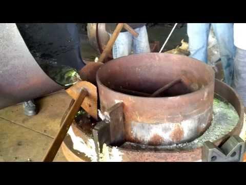 pouring white metal bearing