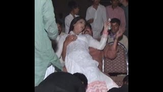 Repeat youtube video pakistani sexy  hot girl marriage dance hot hd mujra new mujra2