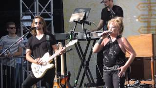 Tanya Tucker  Amazing Grace and Delta Dawn CMAFEST 2015