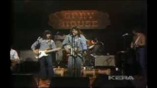 Watch Waylon Jennings Me And Paul video