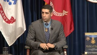 """Medal of Honor Forum 2018 — """"What Defines Love to You?"""" Clip"""