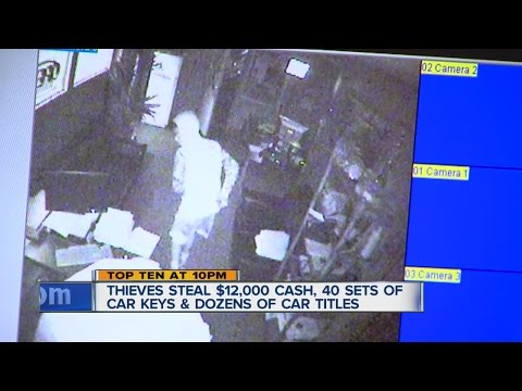 Business robbed in Detroit