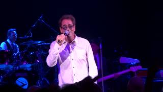Huey Lewis and the News - Doing it all for my baby - O2 Shepherds Bush Empire - 01.10.2013