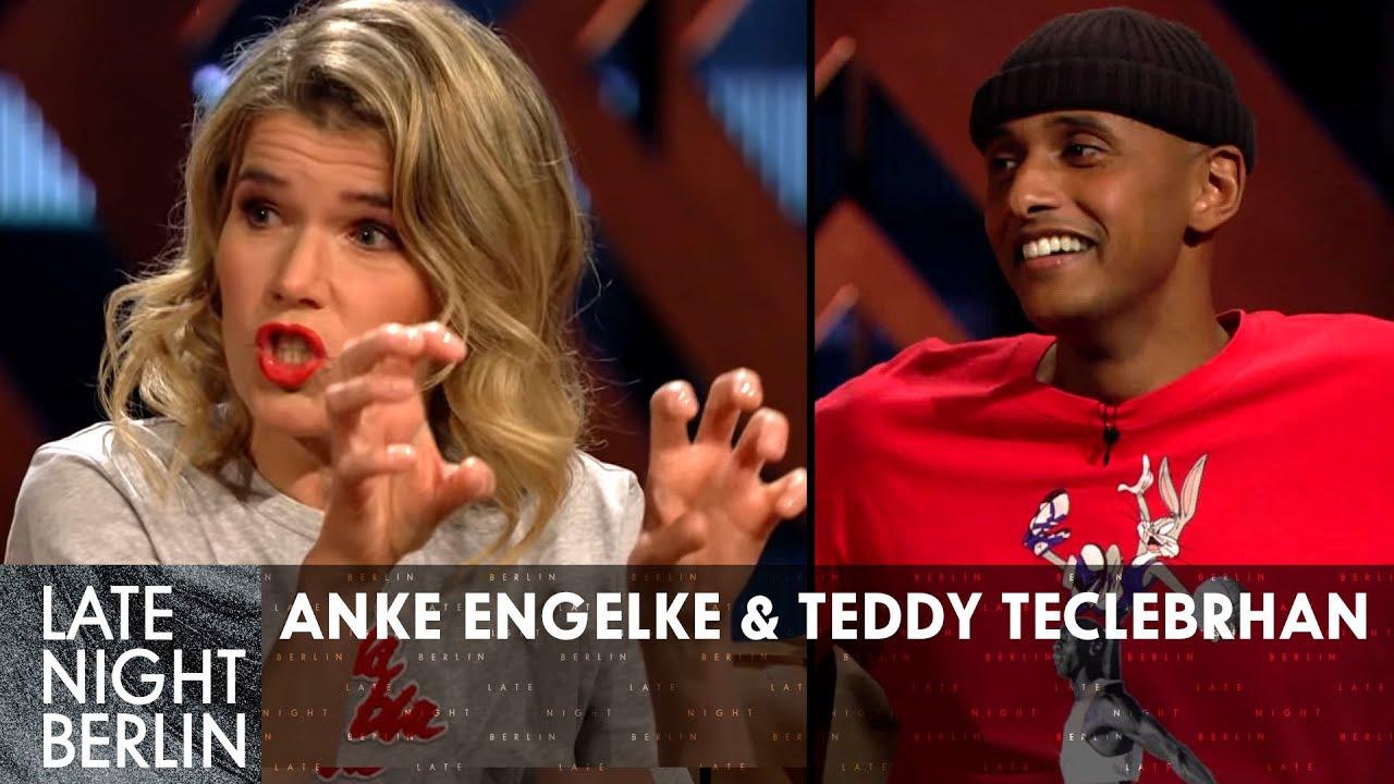 Unmenschliche Experimente - Anke Engelke & Teddy Teclebrhan im Talk | Late Night Berlin | ProSieben