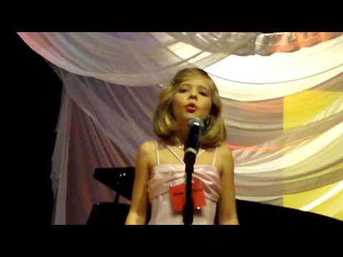 Jackie Evancho -  8yrs Kean Idol 09 - Ave Maria