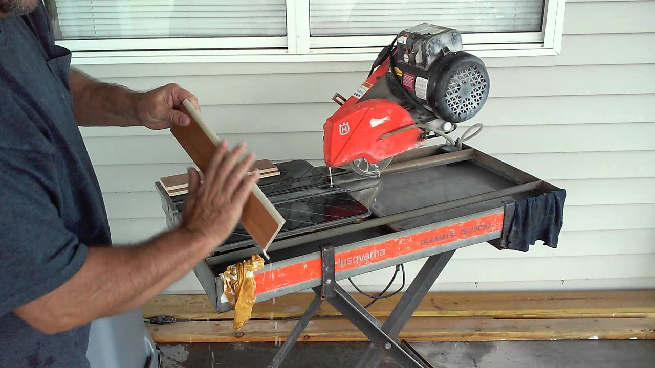 How to use tile bullnose blade on wet saw youtube how to use tile bullnose blade on wet saw keyboard keysfo Gallery