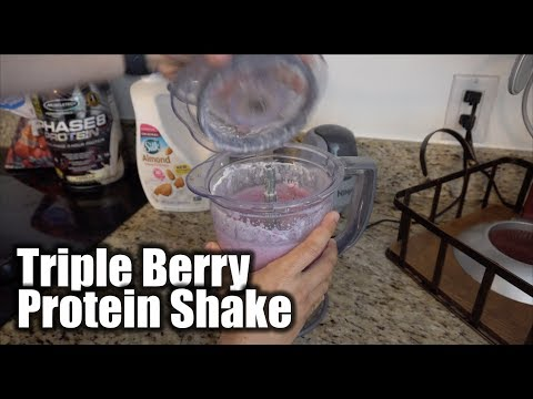 My Favorite Triple Berry Protein Shake Recipe | Fast & Easy