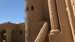 Крепость для фильма Кочевники. Замок внутри. Река или.
