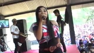 Bidadari Kesleo - ATIN - SAVANA Terbaru 2015 - Live Grebeg Syawalan Jurug (ANDESGO MULTIMEDIA)