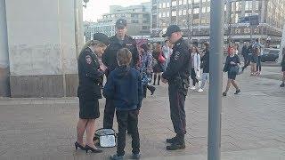 МВД проверит задержание в Москве читавшего стихи #ШекспираБаннреровского мальчика на Арбате