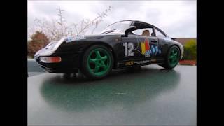 Porsche Carrera 911 (1993) By Bburago In 1:18 Scale Model Car