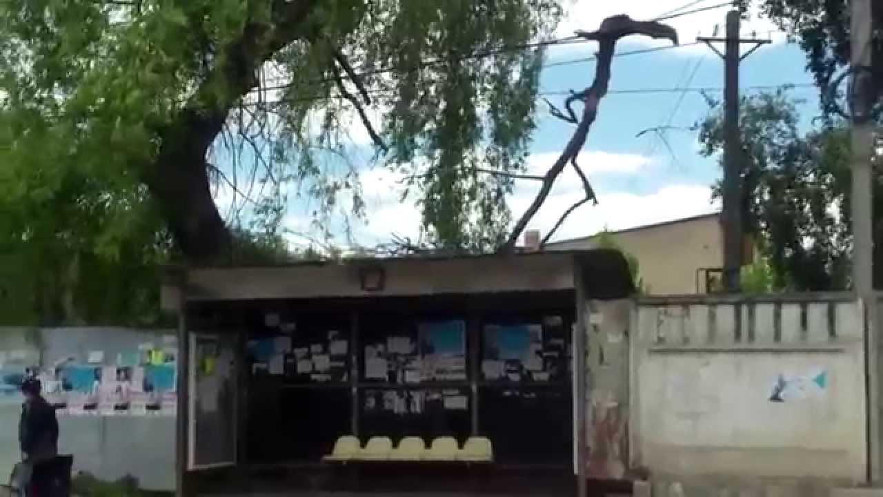 Pericol și reclame în stație la Durlești