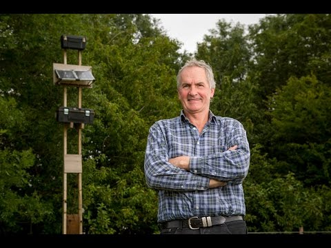man-sets-up-his-own-4g-antennae,-in-order-to-get-broadband-to-his-remote-farm