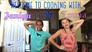 COOKING WITH JANIYA AND EMMA👩🏽‍🍳//COOKIE DOUGH