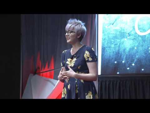 Creating giant origami and shaping lives: Mariah Cowley at TEDxSMU