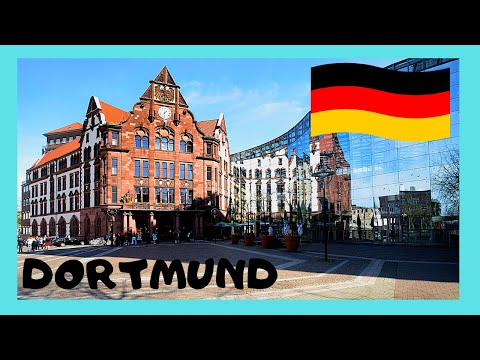 Walking around the shopping district of Dortmund (Germany)