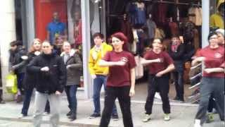 Boston Flash Mob Mama Do The Hump