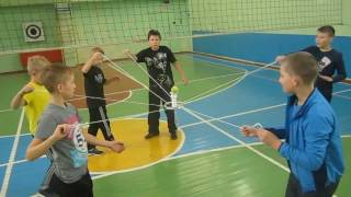 Необычные упражнения с теннисным мячом
