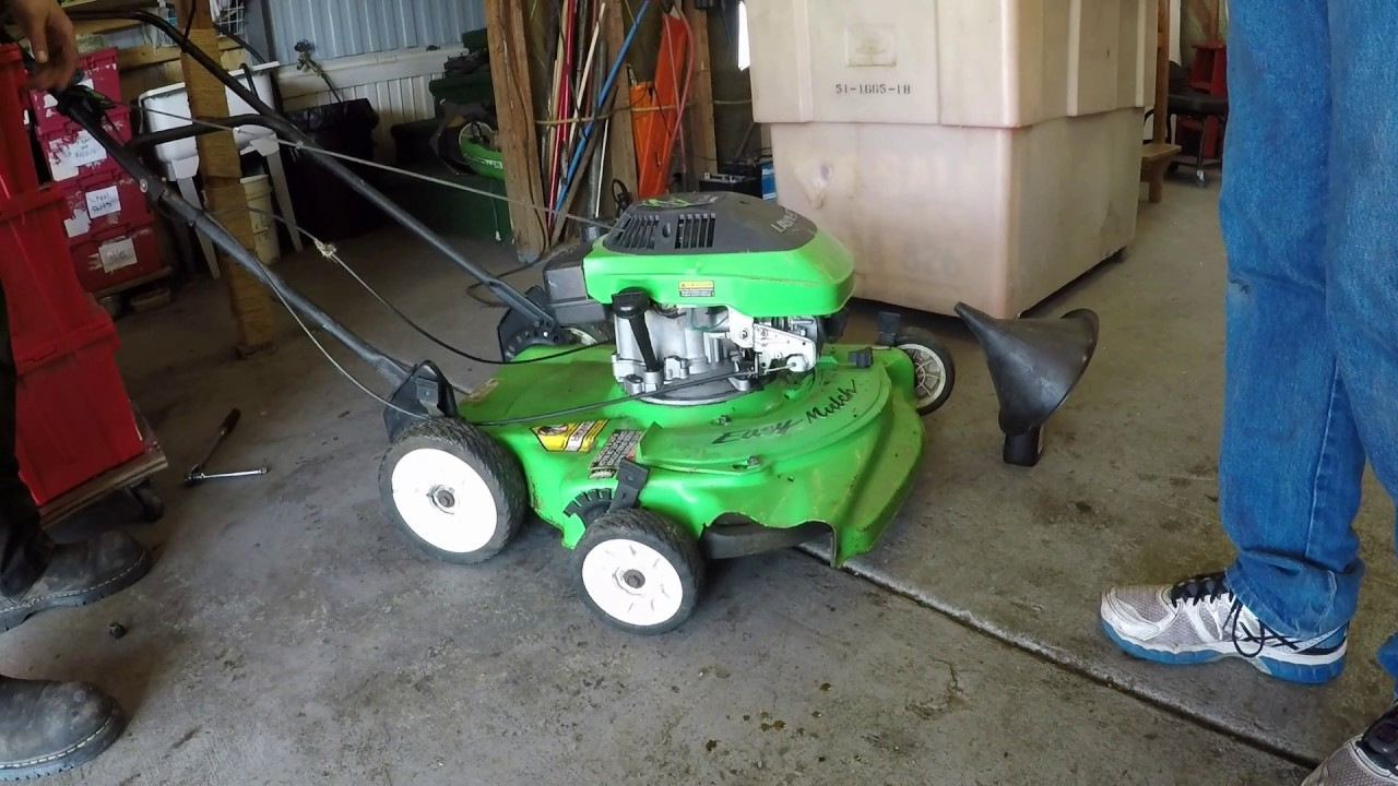 hight resolution of changing the oil on a 4 cycle lawn boy