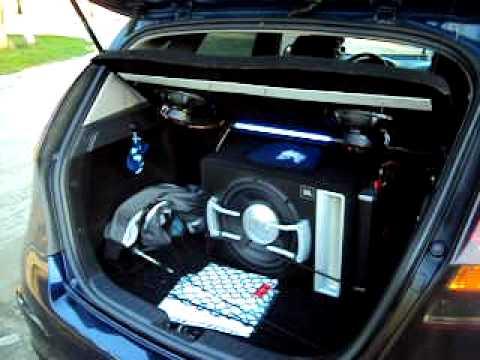 hyundai i30 subwoofer jbl gto 1204 br youtube. Black Bedroom Furniture Sets. Home Design Ideas